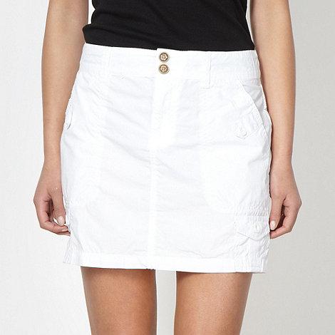 Mantaray - White cargo skirt