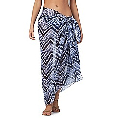 Beach Collection - Navy zig zag print sarong