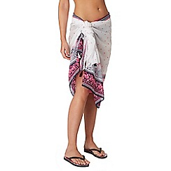 Mantaray - White paisley print sarong