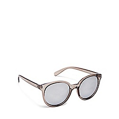 Beach Collection - Dark grey cat eye sunglasses
