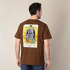 Weird Fish - Brown 'Fin Hur' t-shirt