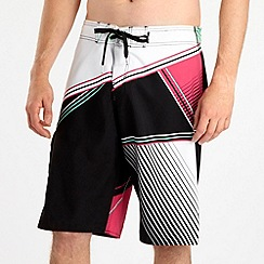 O'Neill - Bright pink geometric swim shorts