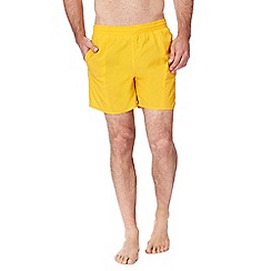 Speedo - Yellow logo print swim shorts