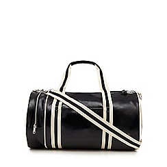 Fred Perry - Black barrel bag