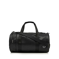 Fred Perry - Black pique textured barrel bag