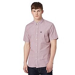 Fred Perry - Wine chest pocket short sleeved regular fit shirt
