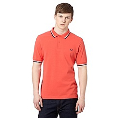 Fred Perry - Red tipped collar slim fit pique polo shirt