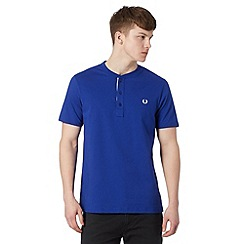 Fred Perry - Navy logo button neck regular fit t-shirt