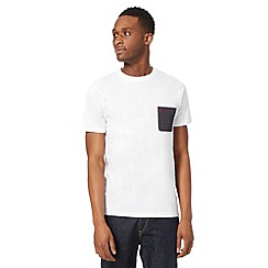 Fred Perry - White polka dot pocket t-shirt
