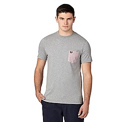 Fred Perry - Grey chest pocket crew neck t-shirt