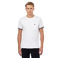 Fred Perry - White tipped sleeve t-shirt