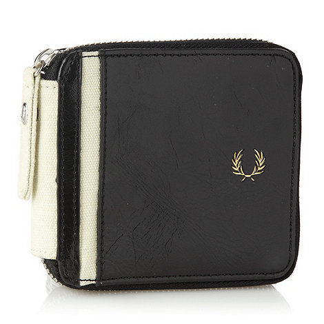 Fred Perry - Black patent zip around wallet