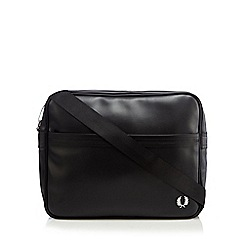 Fred Perry - Black textured shoulder bag
