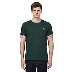 Fred Perry - Green tipped t-shirt