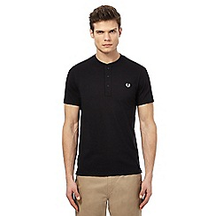 Fred Perry - Black granddad collar t-shirt