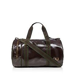 Fred Perry - Dark brown barrel bag