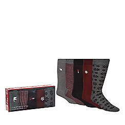 Red Herring - Pack of five grey Christmas socks in a gift box