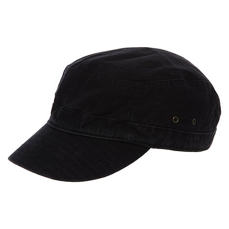 Mantaray - Black buckle detail cap