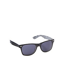 Red Herring - Inner mono pattern d frame shiny black sunglasses