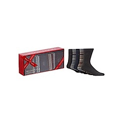 RJR.John Rocha - Pack of five assorted plain and striped socks in a gift box
