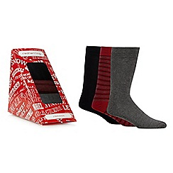 Red Herring - Pack of three assorted printed socks in a gift box