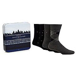 Tommy Hilfiger - Pack of four grey and black printed socks in a gift tin