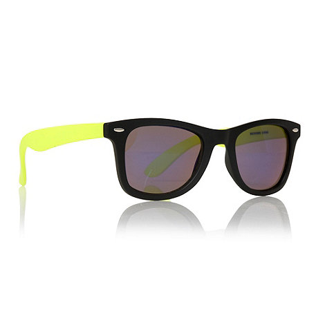 Red Herring - Neon yellow 50+s style plastic frame sunglasses