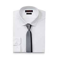 Red Herring - Big and tall white slim shirt with striped tie