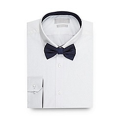 Red Herring - Big and tall white slim fit shirt and navy spotted bow tie set