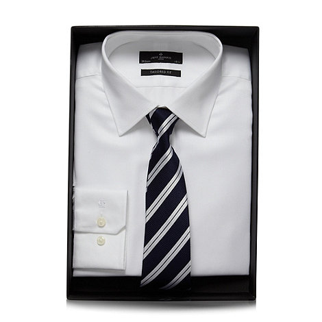 Jeff Banks - Designer white textured shirt and tie