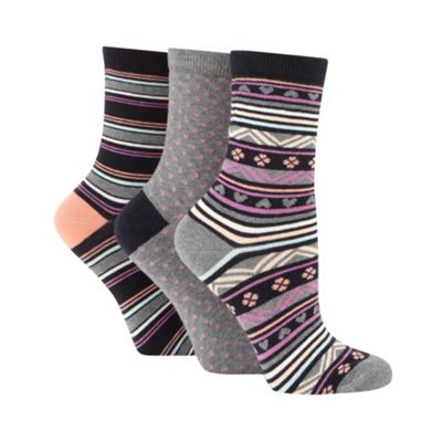 Pack of three navy aztec socks