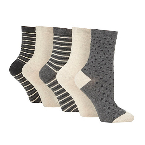 Debenhams - Pack of five beige patterned ankle socks