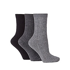 Debenhams - Pack of three grey cable thermal socks