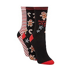 Debenhams - Pack of three black gingerbread socks