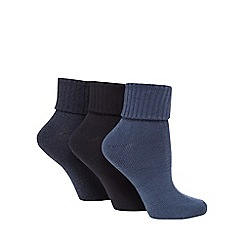Jennifer Anderton - Pack of three navy turnover socks
