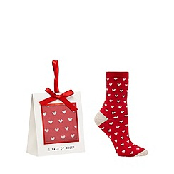 The Collection - Red heart socks in a gift box