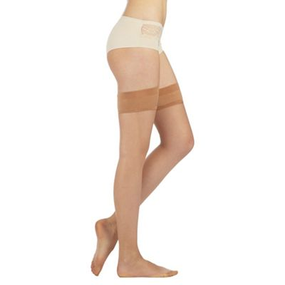 Designer cream sheer 7 Denier ladder resistant hold ups