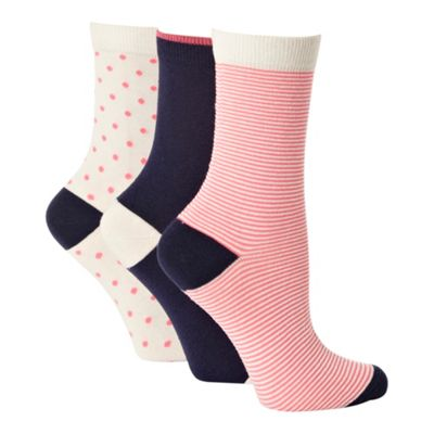 Pack of three white cotton rich patterned ankle socks