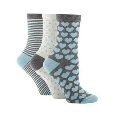 Pack of three grey heart ankle socks