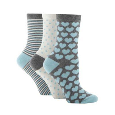 Pack of three grey heart ankle socks