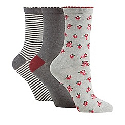 The Collection - Pack of three grey patterned and plain ankle high socks