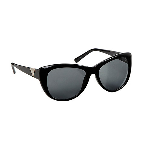 Guess - Retro modified cat-eye sunglasses