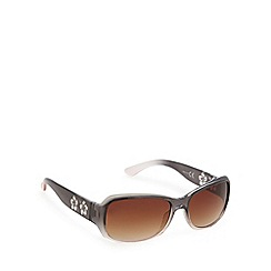 Mantaray - Black ombre flower arm sunglasses