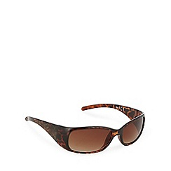 Mantaray - Light brown tinted plastic floral etched wrap D frame sunglasses