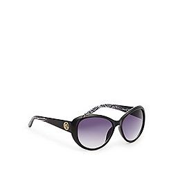 Principles by Ben de Lisi - Designer black tinted plastic zig zag round sunglasses