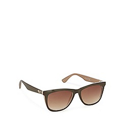 Mantaray - Brown classic square sunglasses
