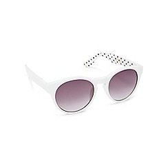 Floozie by Frost French - White spotted print round cat eye sunglasses