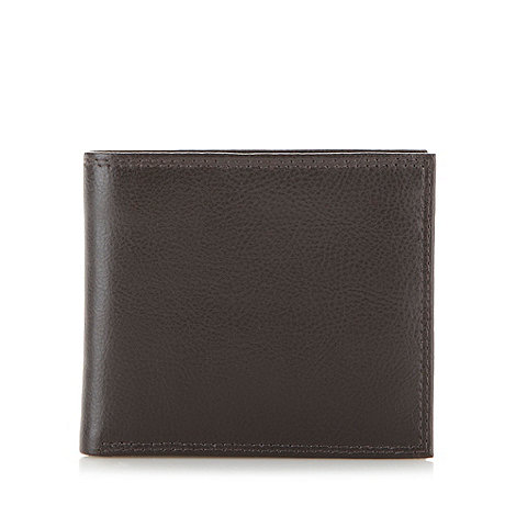 Mantaray - Brown grained leather billfold wallet