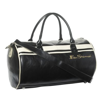 Ben Sherman Black barrel bag