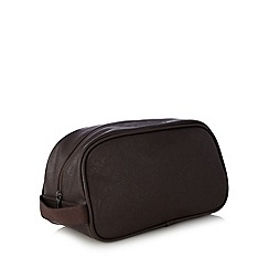 Red Herring - Brown zip around washbag